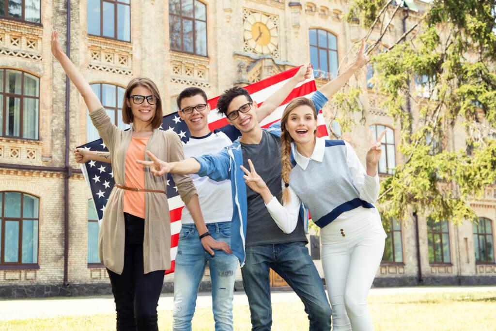 美國高中學制