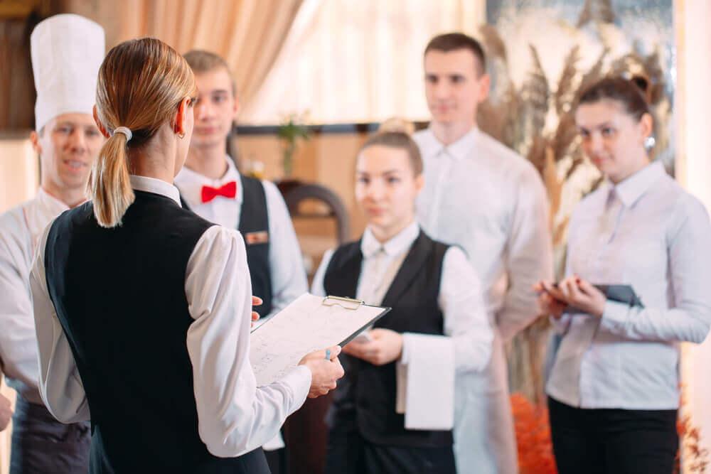 飯店管理訓練