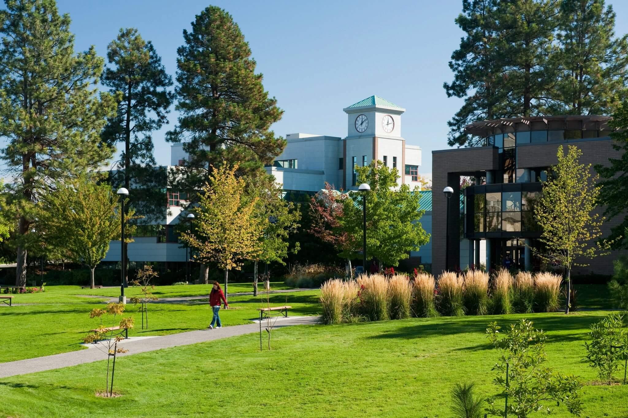 加拿大最新公立大學Thompson Rivers University