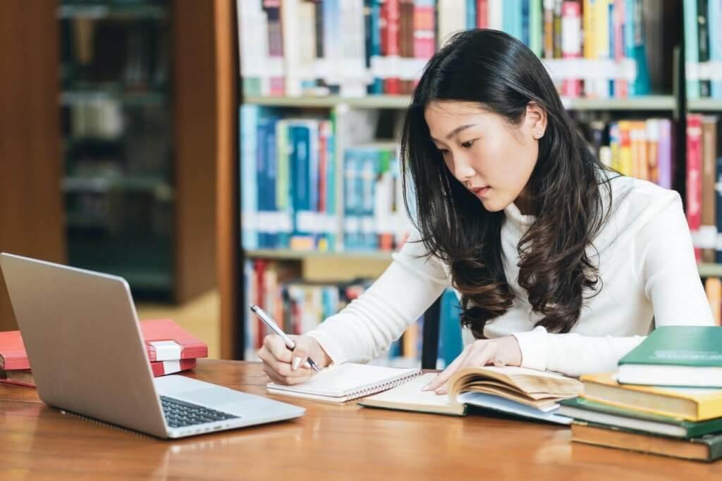 英、澳商科留學- 產業數位轉型,未來工作趨勢已與以往大不同